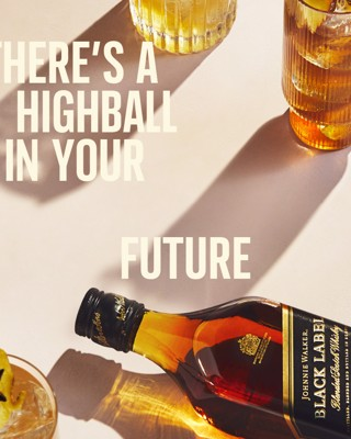 Johnnie Walker Highball Serves