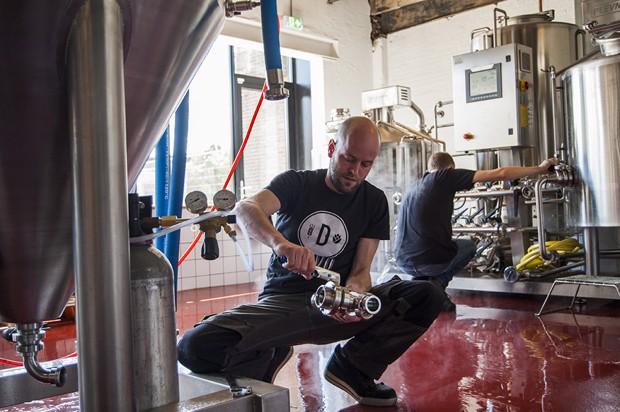 Ooit begon met provisorisch brouwen in de keuken, inmiddels uitgegroeid tot een brouwerij met een reeks aan uiteenlopende speciaal bieren
