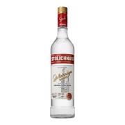 Stolichnaya Vodka             fles 1,00L